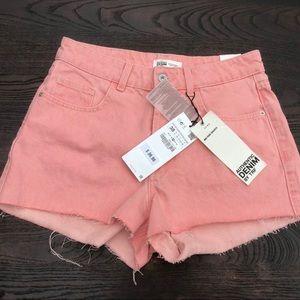 Zara NWT mid rise shorts